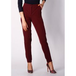 Spodnie z wysokim stanem: Spodnie w kolorze kasztanowym