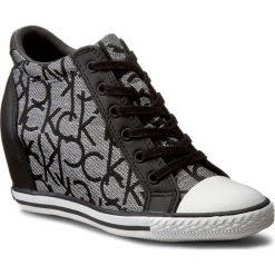Sneakersy CALVIN KLEIN JEANS - Vero RE9643 Silver/Bla. Czarne sneakersy damskie Calvin Klein Jeans, z gumy. W wyprzedaży za 309,00 zł.