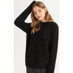 Puszysty sweter - Czarny. Czarne swetry klasyczne damskie Sinsay, l. Za 59,99 zł.