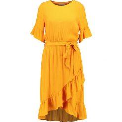 Soaked in Luxury CHARLIE DRESS Sukienka letnia cadmium yellow. Żółte sukienki letnie marki Soaked in Luxury, xs, z materiału. Za 419,00 zł.