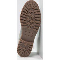Pier One Botki sznurowane grey. Szare buty zimowe damskie marki Pier One, z materiału, na sznurówki. W wyprzedaży za 216,75 zł.