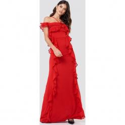Trendyol Sukienka maxi z falbankami - Red. Szare długie sukienki marki Trendyol, na co dzień, z elastanu, casualowe, dopasowane. W wyprzedaży za 141,98 zł.