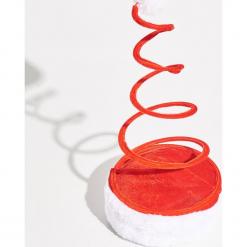 Świąteczna czapka - Czerwony. Czerwone czapki damskie Sinsay. Za 12,99 zł.