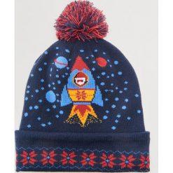 Czapka ze świątecznym motywem - Granatowy. Niebieskie czapki męskie marki House, wizytowe. Za 49,99 zł.