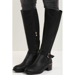 Czarne Kozaki Pure Gold. Czarne buty zimowe damskie marki Born2be, z materiału, z okrągłym noskiem, na obcasie. Za 89,99 zł.