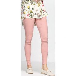 Spodnie damskie: Różowe Spodnie Love Is Calling