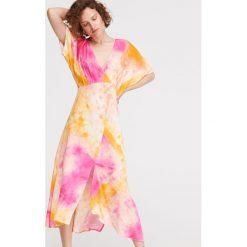 90dbfc2a18 Sukienka z rozcięciem na plecach - Różowy. Różowe sukienki damskie  Reserved