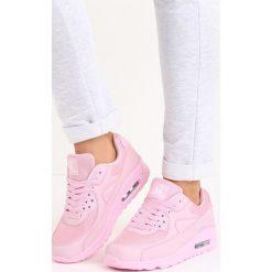 Różowe Buty Sportowe Classical Nilda. Czerwone buty sportowe damskie marki KALENJI, z gumy. Za 89,99 zł.