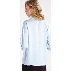 Koszule wiązane damskie: Karen by Simonsen MAIL Koszula dream blue