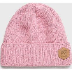 Femi Stories - Czapka Speedy. Różowe czapki zimowe damskie Femi Stories, na zimę. W wyprzedaży za 99,90 zł.