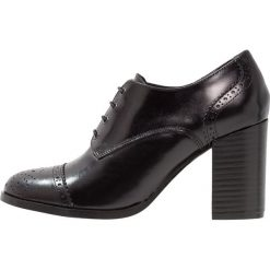 Jonak AUTRUI Ankle boot noir. Czarne botki damskie skórzane marki Jonak. Za 389,00 zł.