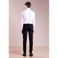 Rag & bone Jeansy Slim Fit black. Czarne rurki męskie rag & bone. Za 739,00 zł.
