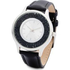 Zegarek na rękę bonprix srebrny kolor-czarny. Czarne zegarki damskie bonprix, srebrne. Za 89,99 zł.