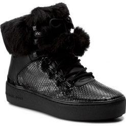Botki MICHAEL KORS - Kyle Hiker 43F7KYFE6E Black. Czarne buty zimowe damskie Michael Kors, z materiału. W wyprzedaży za 639,00 zł.
