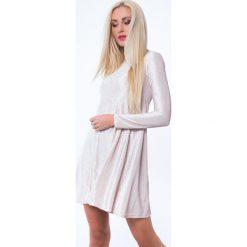 Sukienka prążkowana beżowa MP62071. Brązowe sukienki Fasardi, m, prążkowane. Za 59,00 zł.