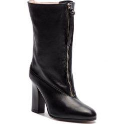 Kozaki STUART WEITZMAN - Jett YL53537 Nero Nubo. Czarne buty zimowe damskie marki Stuart Weitzman, ze skóry. Za 2709,00 zł.