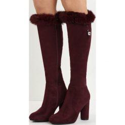 Bordowe Kozaki Sentence. Czerwone buty zimowe damskie marki Born2be, na wysokim obcasie, na słupku. Za 129,99 zł.