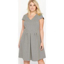 Sukienki: Żakardowa rozkloszowana sukienka z krótkim rękawem