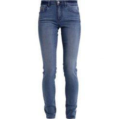 Calvin Klein Jeans Jeans Skinny Fit salted blue. Niebieskie jeansy damskie marki Calvin Klein Jeans, z bawełny. W wyprzedaży za 336,75 zł.