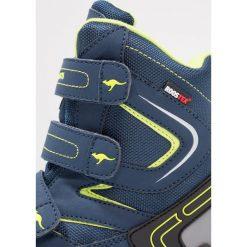 KangaROOS REEN Śniegowce blue/lime. Niebieskie buty zimowe chłopięce marki KangaROOS. W wyprzedaży za 161,85 zł.