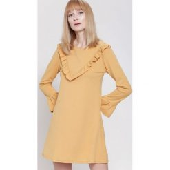 Sukienki: Kamelowa Sukienka Exciting