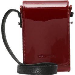 Holzweiler CEDER SOLID BAG Torba na ramię red. Czerwone torebki klasyczne damskie Holzweiler. W wyprzedaży za 530,55 zł.
