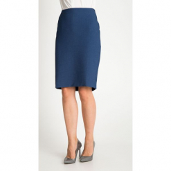 Granatowa strukturalna spódnica QUIOSQUE. Niebieskie spódnice wieczorowe QUIOSQUE, z tkaniny, z standardowym stanem, midi, ołówkowe. W wyprzedaży za 99,99 zł.