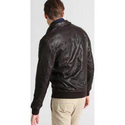 Pier One Kurtka skórzana brown. Niebieskie kurtki męskie skórzane marki Pier One. W wyprzedaży za 467,35 zł.
