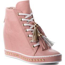 Sneakersy CARINII - B4463 L96-000-000-C98. Czerwone sneakersy damskie Carinii, z materiału. W wyprzedaży za 259,00 zł.