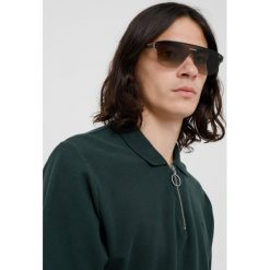 Prada Linea Rossa Okulary przeciwsłoneczne gunmetal/green gradient. Szare okulary przeciwsłoneczne męskie aviatory Prada Linea Rossa. Za 799,00 zł.