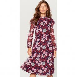 Sukienka mesh w kwiaty - Fioletowy. Białe sukienki marki Reserved, l, z gorsetem, gorsetowe. Za 149,99 zł.