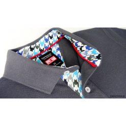 Koszulka polo szara z wykończeniem w pepitkę. Czarne koszulki polo marki Pakamera, m, z kapturem. Za 199,00 zł.