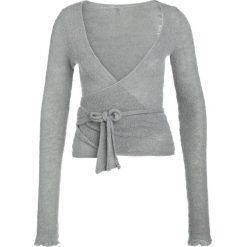 Swetry klasyczne damskie: Deha Sweter pearl gray