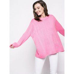 Answear - Sweter. Różowe swetry klasyczne damskie ANSWEAR, l, z dzianiny, z okrągłym kołnierzem. W wyprzedaży za 49,90 zł.