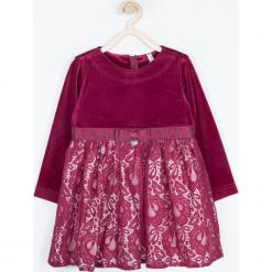 Sukienka. Czerwone sukienki dziewczęce dzianinowe ELEGANT BABY GIRL, w koronkowe wzory, eleganckie, z długim rękawem, długie. Za 119,90 zł.