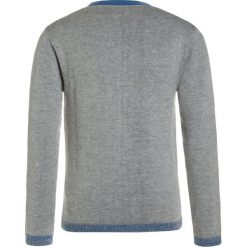 Carrement Beau Kardigan graumeliert. Szare swetry chłopięce Carrement Beau, z bawełny. W wyprzedaży za 142,35 zł.