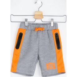 Odzież chłopięca: Szaro-Pomarańczowe Szorty Vivid Color