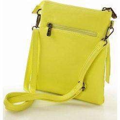 NOBO Sportowa listonoszka żółty. Żółte listonoszki damskie marki Nobo, w paski, ze skóry, duże. Za 99,00 zł.