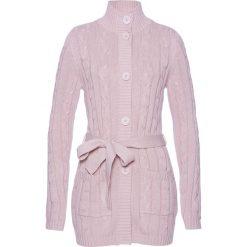 Długi sweter rozpinany bonprix matowy jasnoróżowy. Szare kardigany damskie marki Mohito, l. Za 109,99 zł.