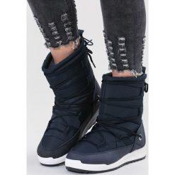 Granatowe Śniegowce Cozy Harbour. Niebieskie buty zimowe damskie vices, z materiału, z okrągłym noskiem, na płaskiej podeszwie. Za 99,99 zł.
