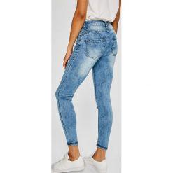 Answear - Jeansy. Niebieskie jeansy damskie marki ANSWEAR, z bawełny. W wyprzedaży za 79,90 zł.