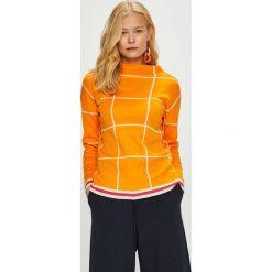 Trendyol - Sweter. Brązowe swetry klasyczne damskie Trendyol, m, z bawełny, z dekoltem w łódkę. Za 79,90 zł.