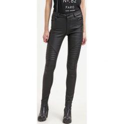 Noisy May NMEX LUCY Jeans Skinny Fit black. Czarne jeansy damskie marki Noisy May. W wyprzedaży za 135,20 zł.