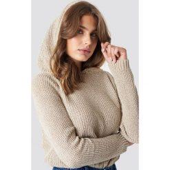 Trendyol Szenilowy sweter z kapturem - Beige. Brązowe swetry klasyczne damskie Trendyol, z dzianiny. Za 80,95 zł.