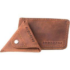 2 w 1 Portfel Slim Wallet + bilonówka BRODRENE Jasny brąz. Czarne portfele męskie marki Brødrene, w paski, ze skóry. Za 119,00 zł.