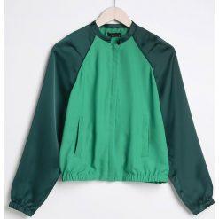 Bluzy damskie: Bluza ze stójką - Zielony