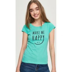 T-shirt z nadrukiem - Turkusowy. Niebieskie t-shirty damskie Sinsay, l, z nadrukiem. W wyprzedaży za 9,99 zł.