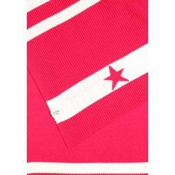 FTC Cashmere STAR SCARF Szal beetroot pink. Fioletowe szaliki damskie FTC Cashmere, z kaszmiru. W wyprzedaży za 395,45 zł.