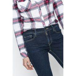 Levi's - Jeansy 710. Brązowe jeansy damskie rurki marki Levi's®, z aplikacjami, z bawełny. W wyprzedaży za 329,90 zł.