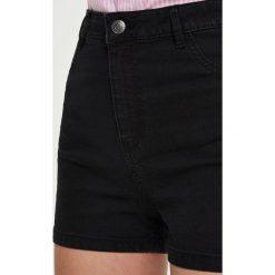 Bermudy damskie: Jeansowe szorty high waist – Czarny